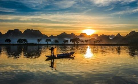 Chùm thơ Nguyễn Thánh Ngã