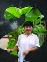 Tuyển tập truyện ngắn Sông Hương: TRĂNG NƠI ĐÁY GIẾNG