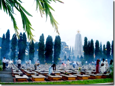 Thơ Sông Hương 07-2003