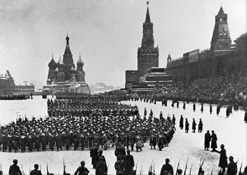 Những ca khúc của Hồng Quân Xô Viết