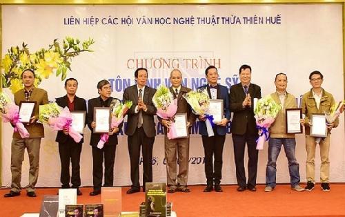 Văn nghệ sỹ Thừa Thiên Huế không ngừng đóng góp xây dựng văn học nghệ thuật tỉnh nhà