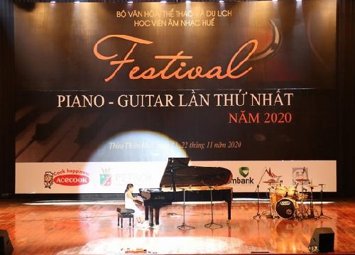 Festival Piano – Guitar  lần đầu tiên được tổ chức