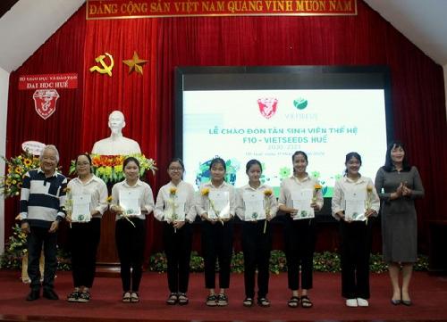 Lễ chào đón Tân sinh viên thế hệ thứ 10 của Quỹ học bổng Vietseeds tại Huế.