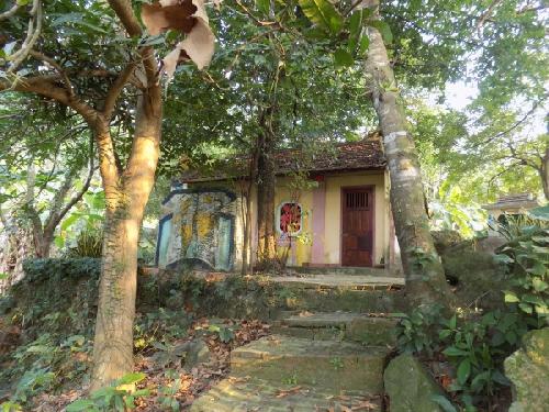 Tín ngưỡng thờ thần núi Hải Vân