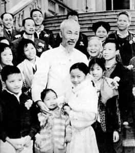 Hồ Chí Minh - nhà thơ lớn của thiếu nhi