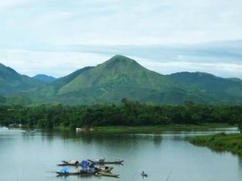 Thơ Sông Hương 05-2000