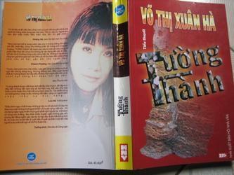 Về 'Tường Thành' của Võ Thị Xuân Hà